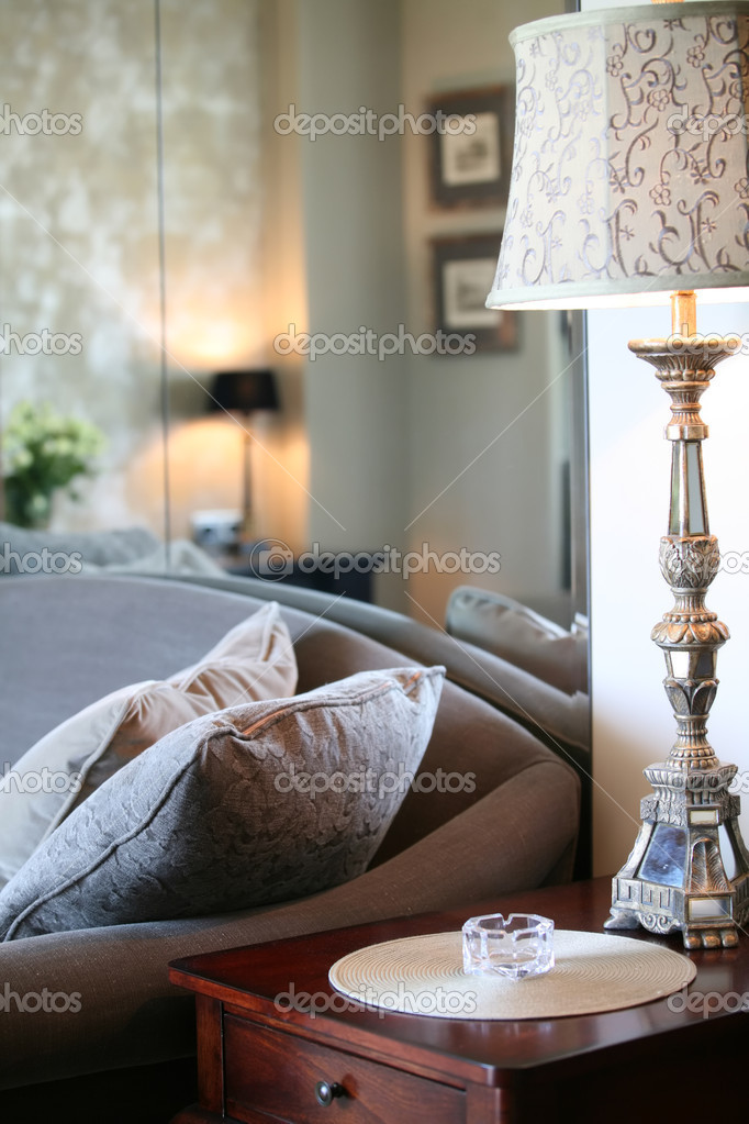 Antique lamp in interior of the room — Stock Photo #1187143