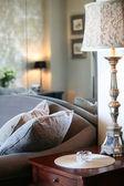 アンティーク ランプのインテリア — ストック写真