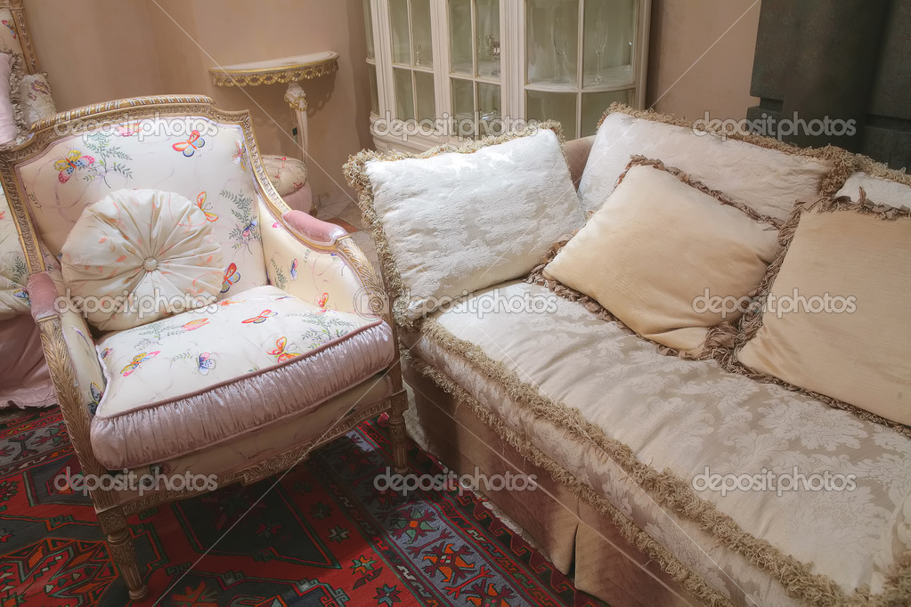 Fragment of the luxurious interior with sofa and armchair in rococo style, soft furniture — Stock Photo #1359093