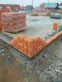 Tuğla bina i̇nşaatı — Stok fotoğraf