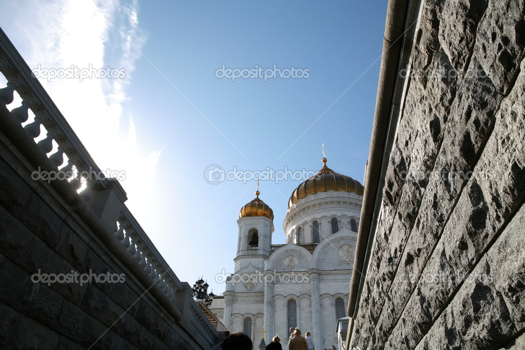Moscow, Russia, Blue Sky on Orthodox Temple — Zdjęcie stockowe #1383090