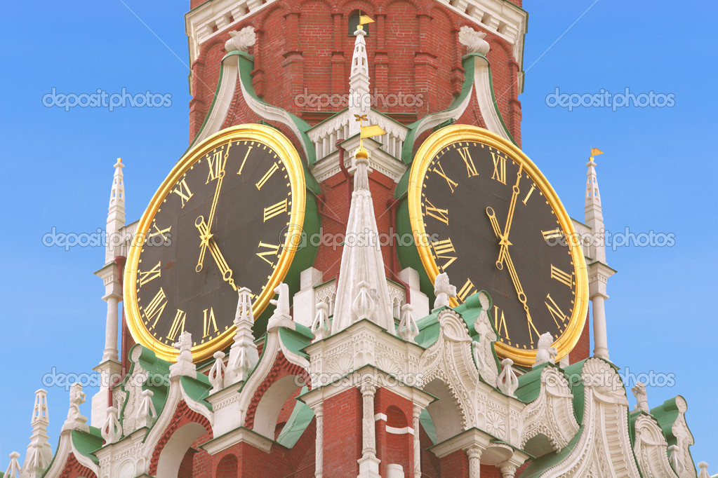 Moscow, Main Watch to Russia, Chimes Spasskaya Towers on RED SQUARE — Stock Photo #1393210