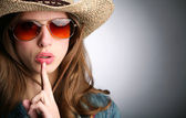 Girl in stetson — Stock Photo