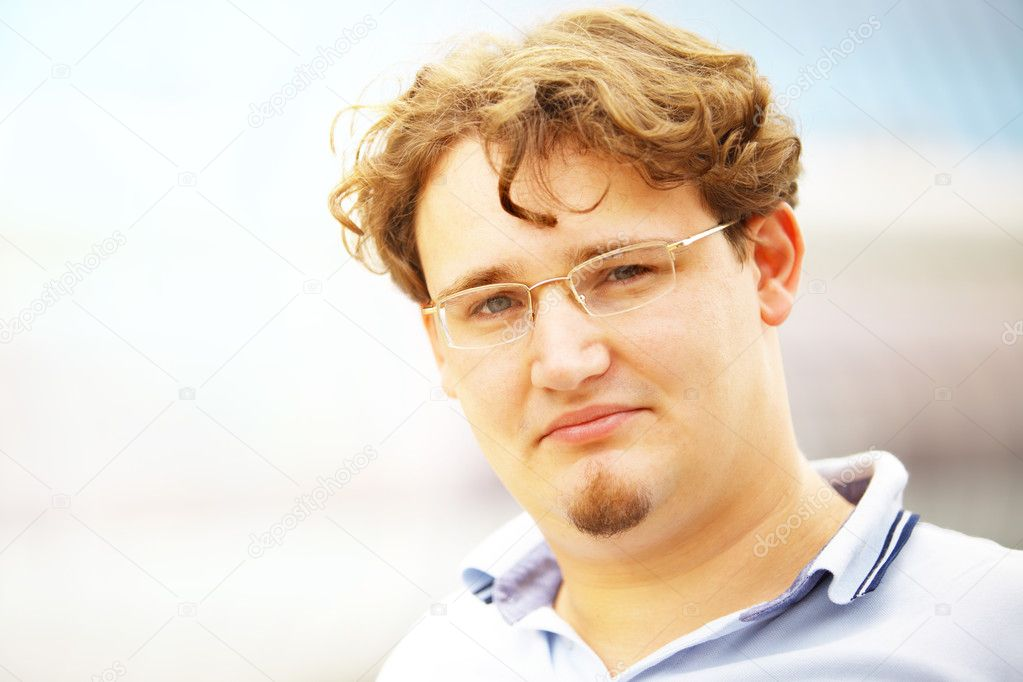 Portrait of the young man close-up — Stock Photo #1192266