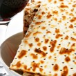 Wine and matzoh — Stock Photo #1420280