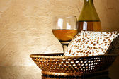 Wine and matzoh — Stockfoto
