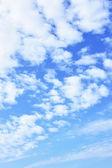 Nuvens e céu azul — Foto Stock