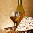 Still-life with wine and matzoh — Stockfoto