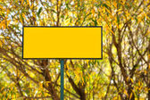 Blank yellow sign — Stock Photo