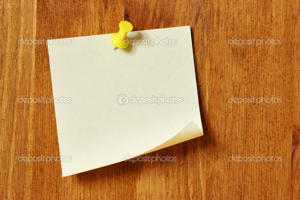 Single blank note paper attached to a wooden wall — Stock Photo #1445807