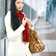 Portrait beauty woman in the city — Stock Photo