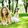 Beauty woman outdoor lie — Foto Stock