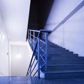 Prázdné schodiště — Stock fotografie