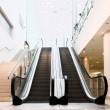 Empty escalator — 图库照片