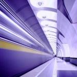 Train on platform in subway — Stock Photo