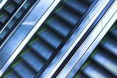 三个 mooving 自动扶梯 — 图库照片