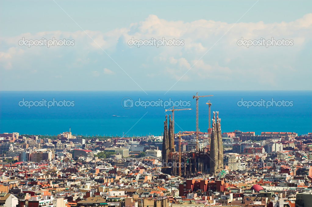 Panorama from Barcelona City from Park Guell by Gaudi, Spain — Photo #1328096