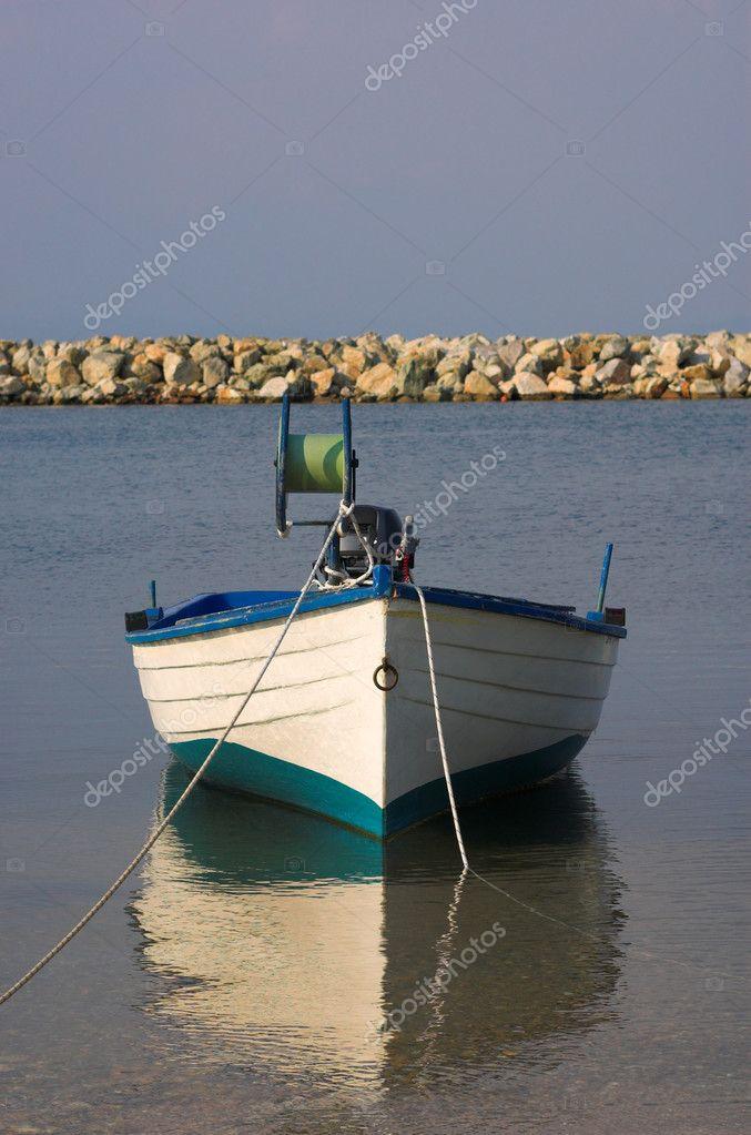 европейская рыбацкая лодка