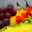 fruits sur la plaque — Photo