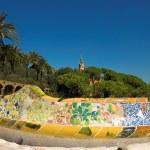 Antoni Gaudi hause and ceramic bench — Stock Photo #1330793