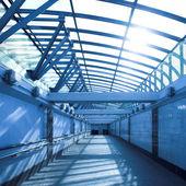 голубой коридор — Стоковое фото