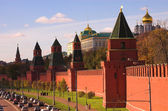 Traffic near Kremlin wall, — Stock Photo