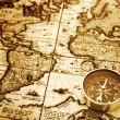 Compass on vintage map — Stockfoto