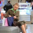 Girl shopping in mall — Stock Photo #1622389