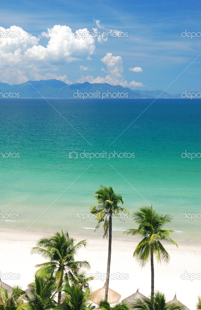 Beach Scene, Tropics, Pacific ocean — Stock Photo #1624497