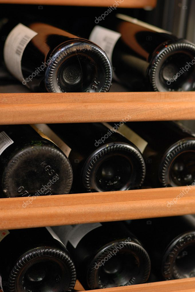 Rack of Wine — Stock Photo #1692835