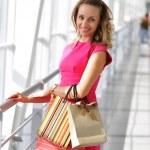 compras de mulher — Foto Stock #1810948
