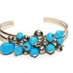 Bracelet with blue stones isolated — Stock Photo #1245203