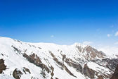 Winter mountains on a bright sunny day — Stock Photo