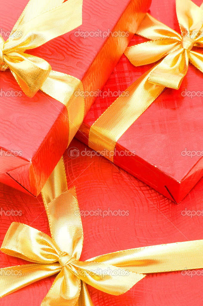 Gift boxes isolated on the white background — Stock Photo #1251499