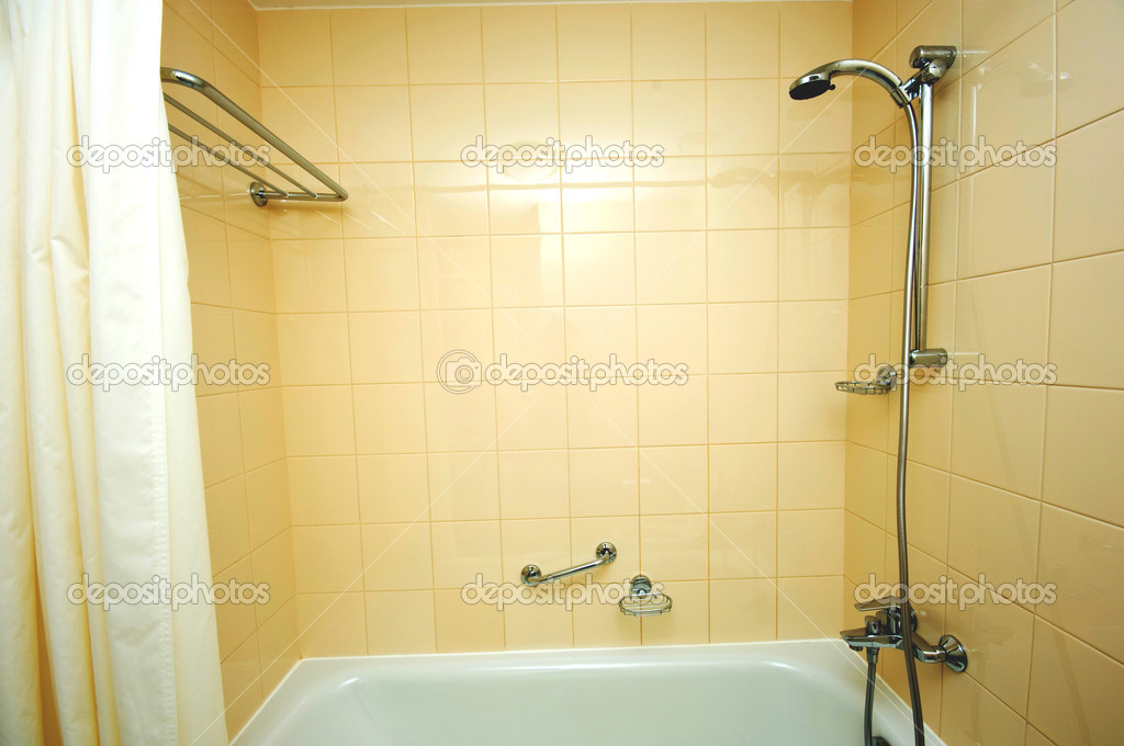 Peerless 1-Handle Single-Spray Tub and Shower Faucet in Brushed