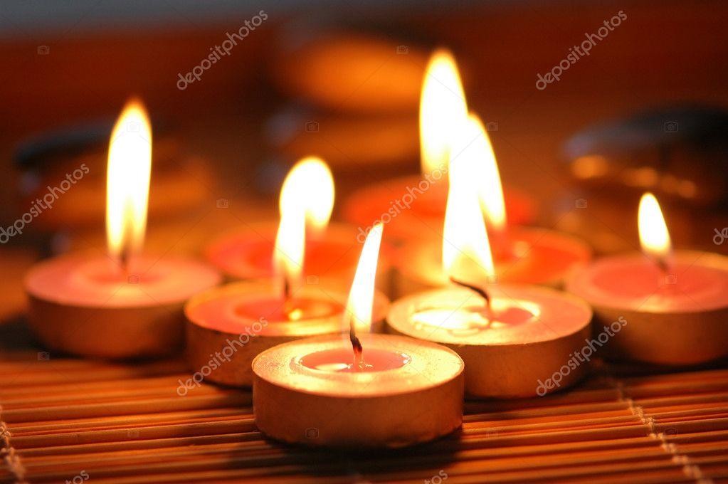 Velas perfumadas preparadas para spa foto de stock for Spa smelling candles