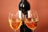 Two wine glasses and bottle of wine — Foto de Stock