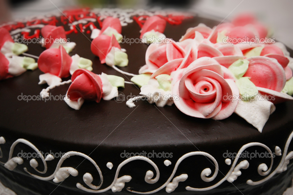 Close up of cake with decoration flowers — Stock Photo #2684033
