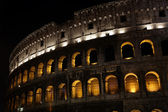 Nightly illumination of Coliseum is in Rome — Stock Photo