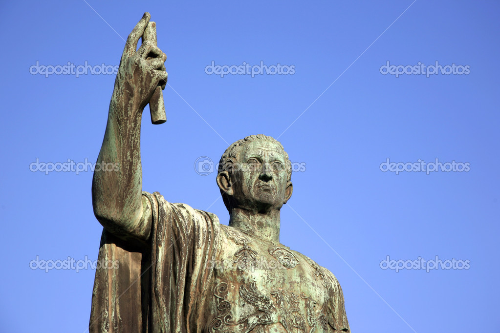 Sculpture of emperor Caesari Nervae Avg, Rome, Italy — Stock Photo #1290536