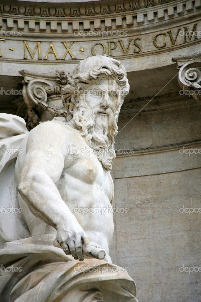 Statue of Neptune,fountain di Trevi, Rome — Stock Photo #1300202
