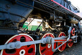 Detail of the wheels of a steam locomotive. — Stock Photo