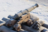 An old cannon in the fortified wall — Stock Photo