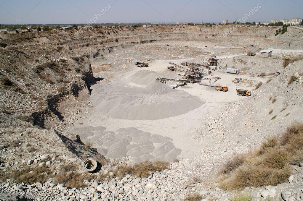 Фото выкопанной ямы