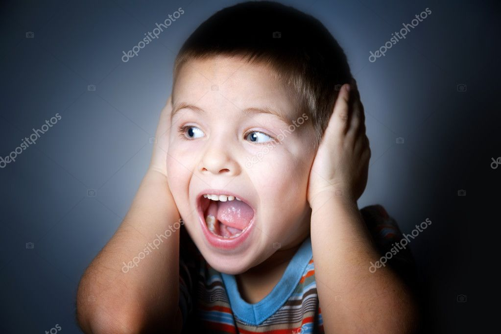 Mad cry boy, studio shooting  — Stock Photo #1691689