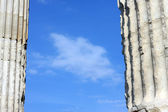 Sky between two ancient Greek columns — Stock Photo