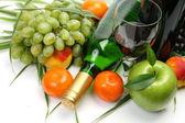 şarap ve meyve — Stok fotoğraf