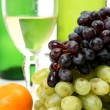 Wine and fruit — Stock Photo #1279308