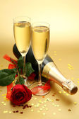 Champagne and rose — Stock Photo
