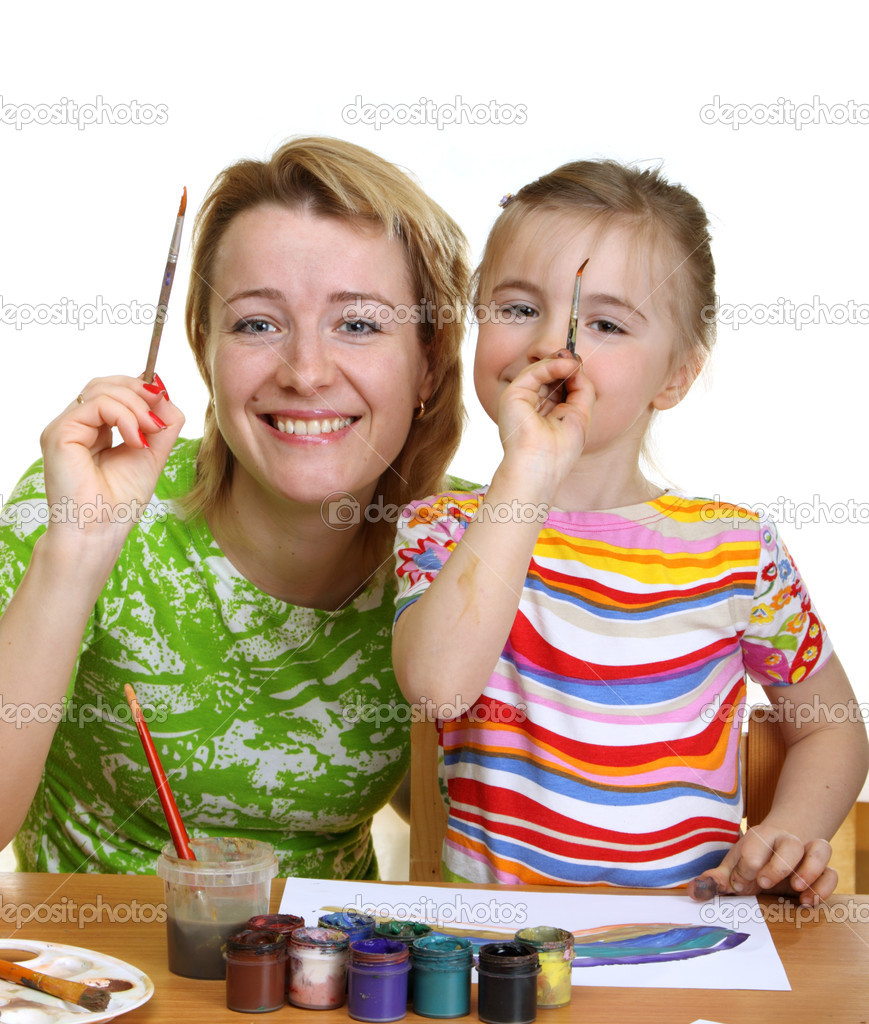 Mother and the daughter draw  isolated on a white background — Stock Photo #1224609